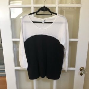 2 for $15 Chico's Black, White Sweater Size 1=M